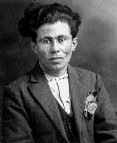 Alpounarian Avedis né à Diyarbakir le 11-04-1901
