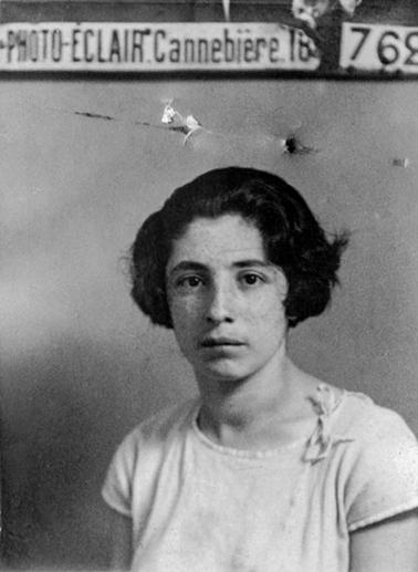 Arakelian Suzanne née à BakiChehir le 4-06-1909