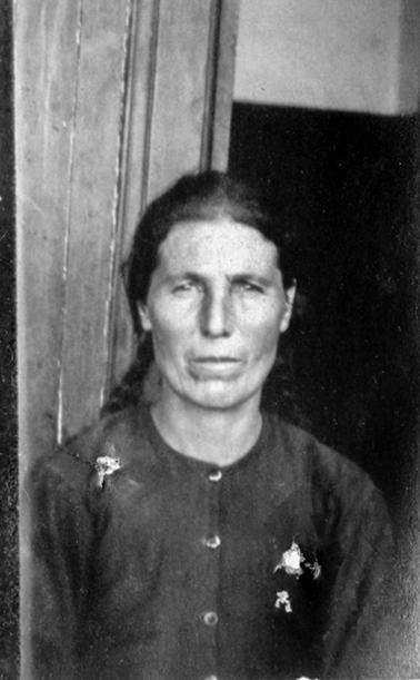 Arzoumanian Zarouhie née à Mouratcha le 12-04-1876
