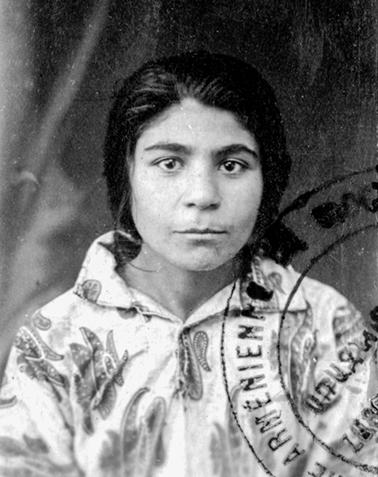 Assadourian Siranouche née à Palou le 6-09-1911