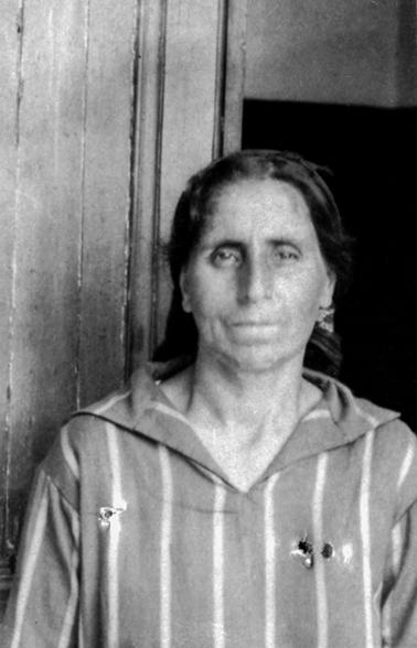 Djirdjirian Bayzar née à Mouratcha le 16-08-1890
