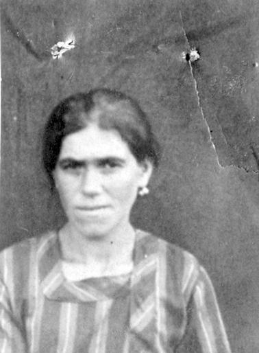 Gochcarian Akabi née à Kharpout le 12-01-1905
