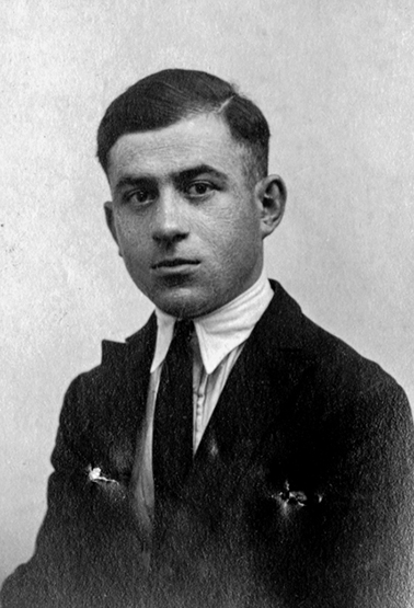 Karayan Meguerditch né à Izmir le 18-09-1908