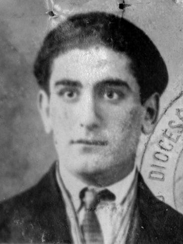 Kourouyan Daron né à Bardizag le 30-07-1904