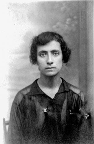 Tossounian Loussaper née le 2-06-1912 à Afion Karahissar